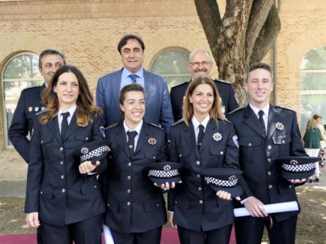 Mariscal felicita a los nuevos policías locales de Cuenca en su acto de graduación en Toledo