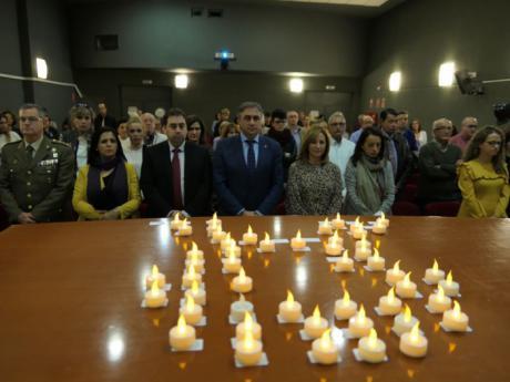 Juntos contra la Violencia de Género en el acto institucional
