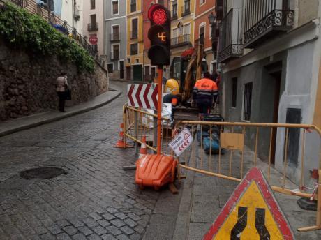 El Servicio de Aguas trabaja para restablecer el servicio en Tiradores Altos, zona de El Carmen y barrio de San Martín lo antes posible