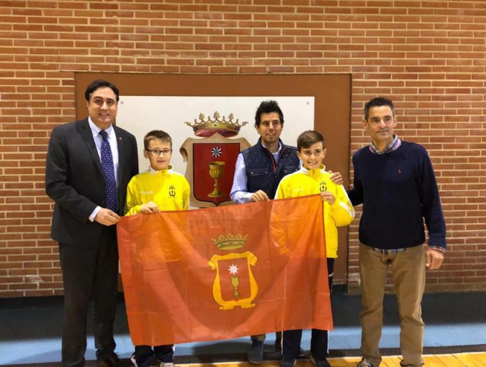 Mariscal desea éxito a los dos jugadores que participarán en el Campeonato de Selecciones de Fútbol Sala en Barcelona