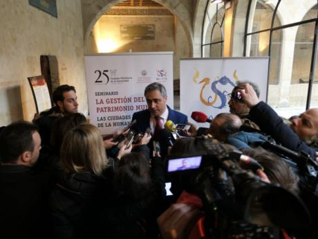 Mariscal asiste a la inauguración del seminario sobre la gestión del patrimonio mundial que se celebra en la Universidad de Salamanca