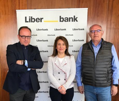 Los solicitantes de la PAC en Cuenca podrán beneficiarse de la colaboración entre ASAJA y Liberbank