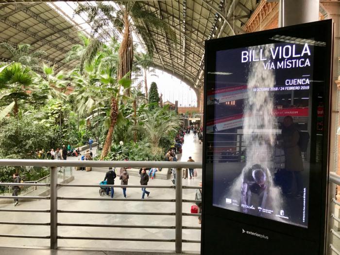 """Cuenca y la exposición """"Vía Mística"""" en las principales estaciones de tren de Madrid y Valencia"""