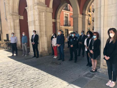 Cuenca guarda un minuto de silencio por las víctimas del COVID-19