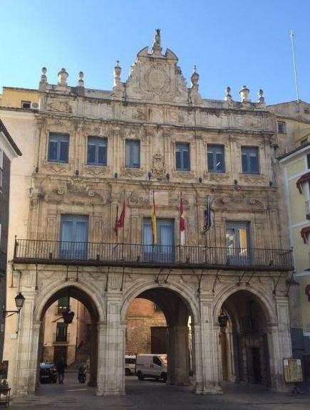 El Ayuntamiento de Cuenca se aleja de la situación riesgo económico e insolvencia