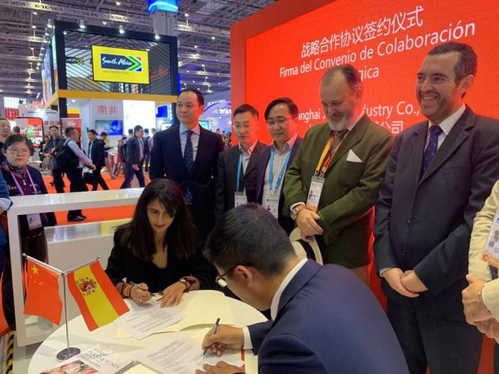 La Junta impulsa la promoción y comercialización del azafrán de La Mancha en el mercado chino