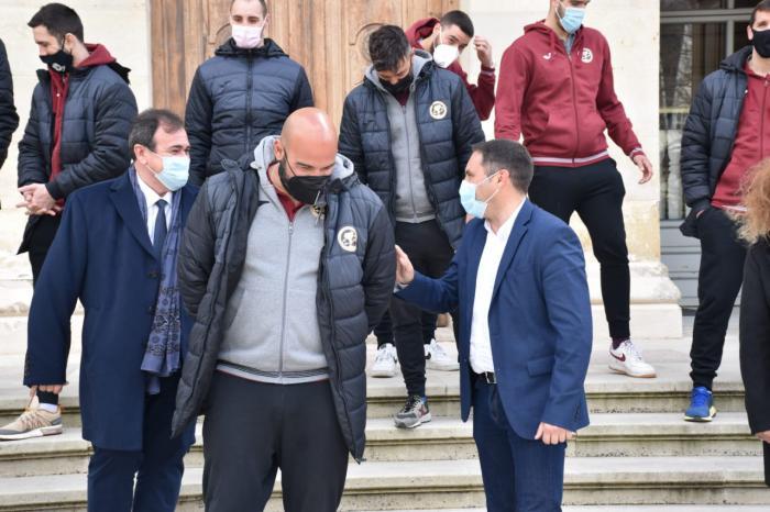 Diputación volverá a ayudar con 80.000 euros al Club Balonmano Incarlopsa Cuenca en este 2021
