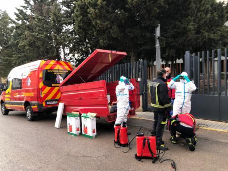 Los bomberos de Diputación se ponen a disposición de las autoridades sanitarias para actuar en edificios de riesgo