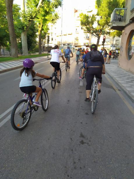 Cuenca en Marcha propone crear un carril bici que conecte todos los barrios y zonas verdes