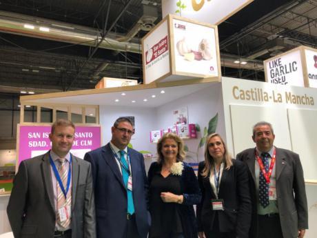 Bonilla visita 'Fruit Attraction 2019' y traslada el apoyo del Partido Popular al sector de frutas y hortalizas