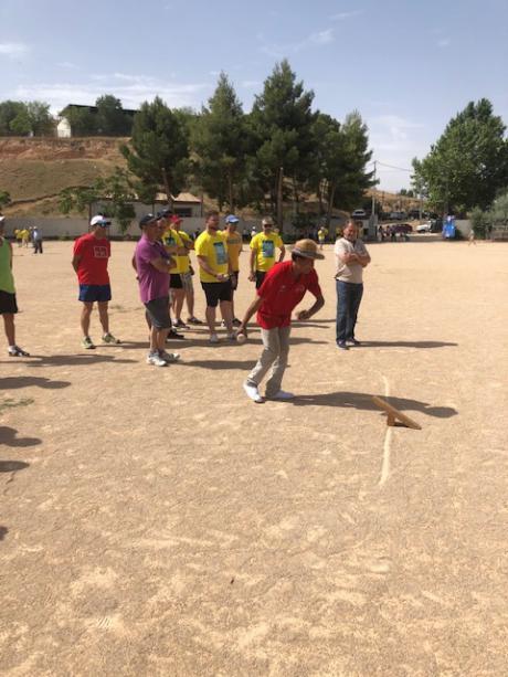 Valera de Abajo acogió la primera fiesta deportiva en la Competición Provincial de Juegos y Deportes Tradicionales 2019