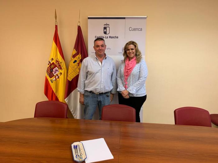 La Junta estudia con el Ayuntamiento de Cardenete mejoras en servicios sociales y educativos