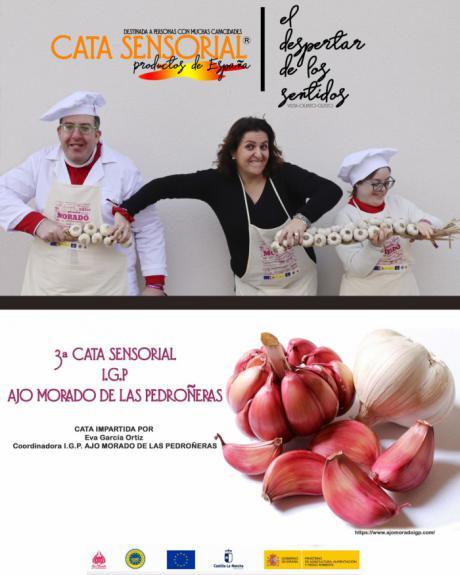 La IGP Ajo Morado de Las Pedroñeras se une a la campaña 'El Despertar de los Sentidos' con los actores Gloria Ramos y José de Luna