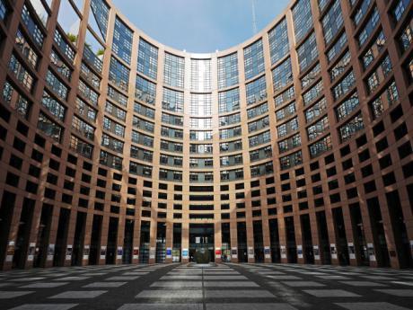 La Asociación de Talleres de Reparación de Automóviles traslada las medidas de la confederación española de talleres a los candidatos a las Elecciones Europeas
