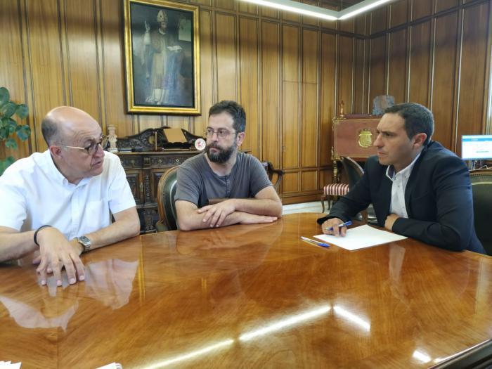 Diputación y SPEC colaborarán para llevar a cabo la exposición 'Carteles en transición'