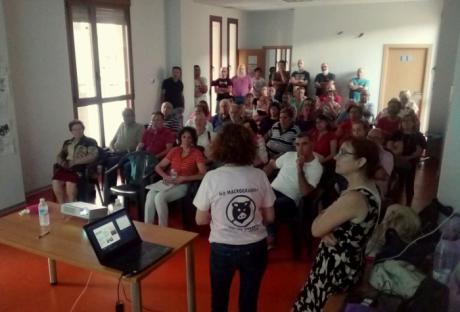 Pueblos Vivos comprobó el interés de los vecinos de Priego por conocer el estado actual de sus macrogranjas