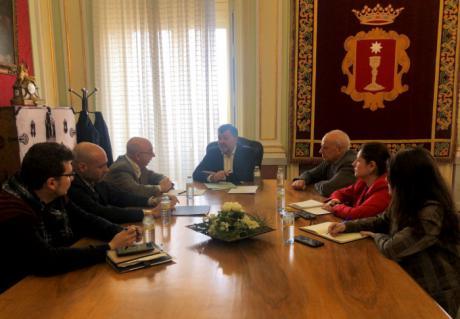 Coordinación entre el Ayuntamiento y la CHJ en las tareas de recuperación del Júcar