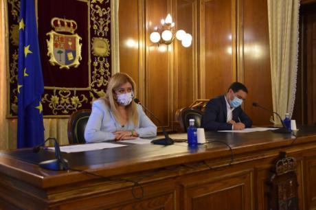 La Diputación y Gobierno regional invertirán 1,4 millones de euros en 125 consultorios médicos de 106 municipios