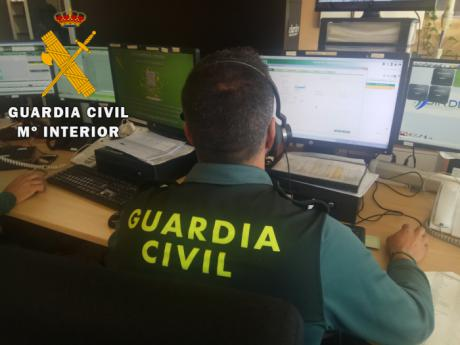 La Guardia Civil, con colaboración con bomberos, auxilia a 11 personas que se quedaron atrapadas en la sierra de Belvis de la Jara