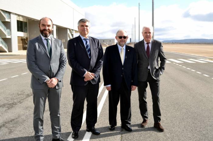 CRIA presenta su plan de negocio para convertir el Aeropuerto de Ciudad Real en un polo de desarrollo económico