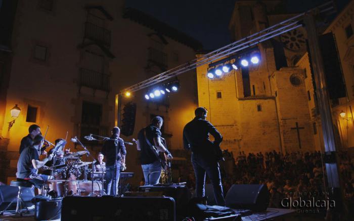 Noche musical con la compañía de 'The Teachers Band' y 'Cuteatro' en 'Veranos en Cuenca'