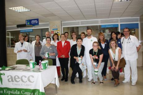 La Gerencia del Área Integrada de Cuenca se suma al minuto de apoyo para las personas enfermas de cáncer organizado por la AECC