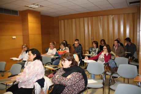 Promueven la formación de los profesionales sanitarios en materia de violencia de género