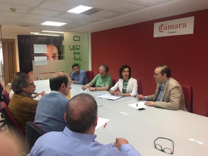 Luz Moya promoverá la búsqueda activa de empresas que se instalen en Cuenca
