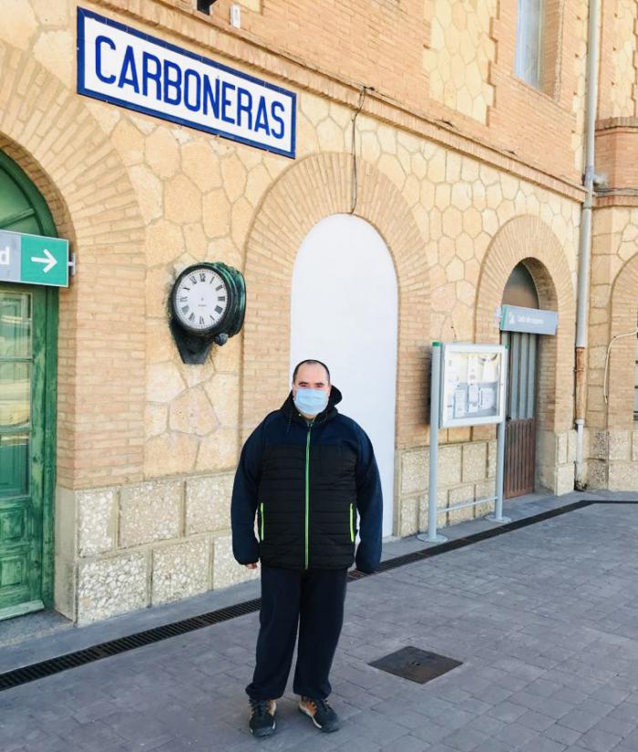 """El alcalde de Carboneras pide al ministro Ábalos que impida el cierre de la estación de tren, """"al menos que defienda a su pueblo"""""""