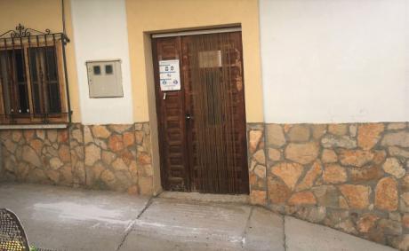 Ciudadanos de Salvacañete pide mejorar el consultorio médico del municipio