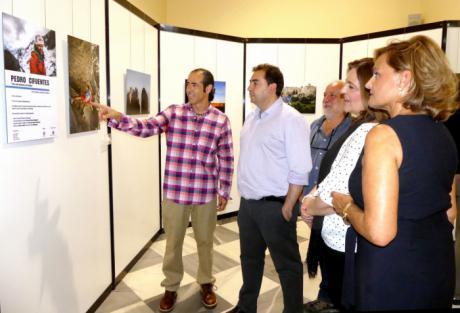 Diputación muestra en una exposición fotográfica las últimas hazañas del alpinista conquense Pedro Cifuentes