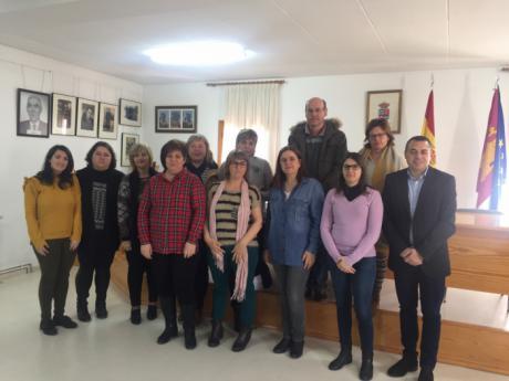 El Gobierno regional clausura un curso de atención sociosanitaria en la localidad de Zarzuela