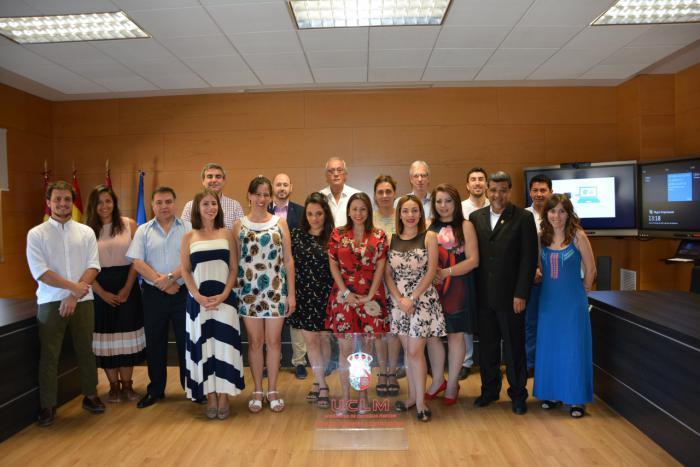 Dieciséis alumnos se gradúan en el IV Postgrado Iberoamericano en Gobiernos y Políticas Públicas Locales de la UCLM