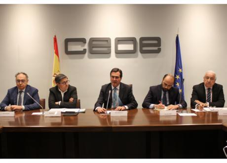 La Confederación de Empresarios apoya la creación de la comisión de competitividad, comercio y consumo