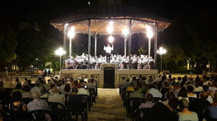 El Parque de San Julián acogerá doce espectáculos gratuitos en las noches de feria