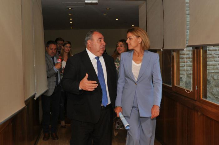 Cospedal acusa a Page de mentir al decir que ella impidió un acuerdo PP-PSOE