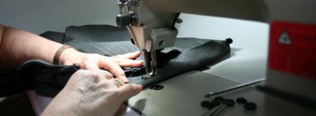 ACESANC acogerá un curso de arreglos y adaptaciones de prendas y artículos en textil y piel acogerá un curso de arreglos y adaptaciones de prendas y artículos en textil y piel
