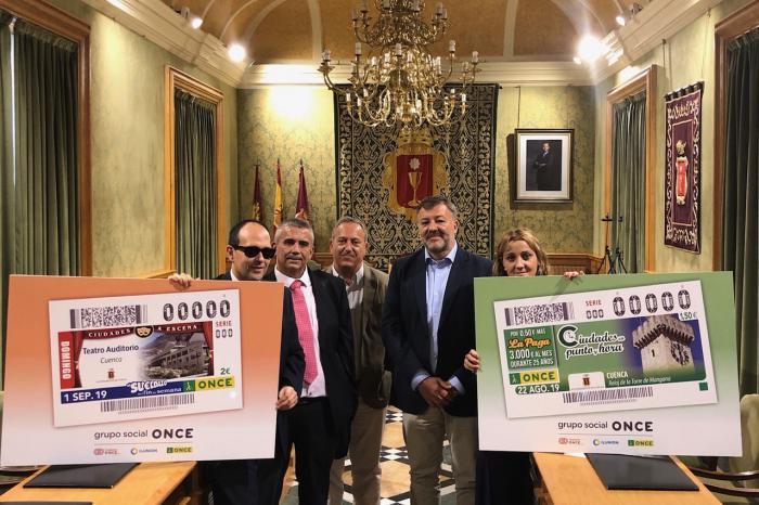 Cuenca enseña al mundo su reloj de la Torre Mangana y su Teatro-Auditorio en 11 millones de cupones de la ONCE