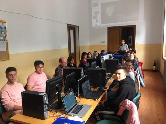 Cerca de veinte alumnos participan en Belmonte en un curso de redes sociales en el sector de la hostelería y el turismo