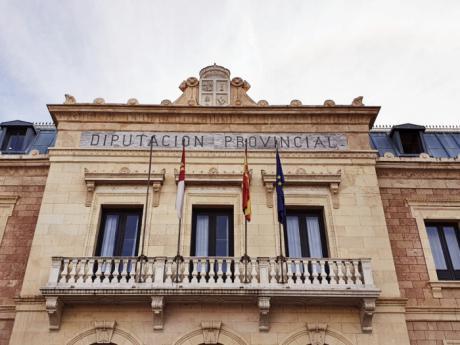 La Diputación ayuda con 35.000 euros a un total de 48 deportistas destacados de la provincia