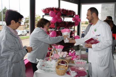La Gerencia del Área Integrada de Cuenca se suma al rosa en el Día contra el Cáncer de Mama