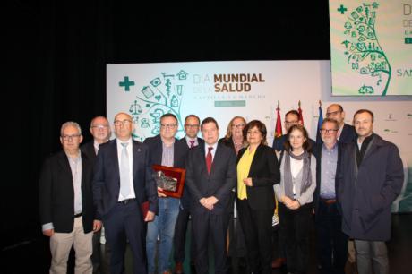 Los profesionales la Zona de Salud de Talayuelas y el doctor Vicente Herranz de Mota del Cuervo, galardonados en el Día de la Salud