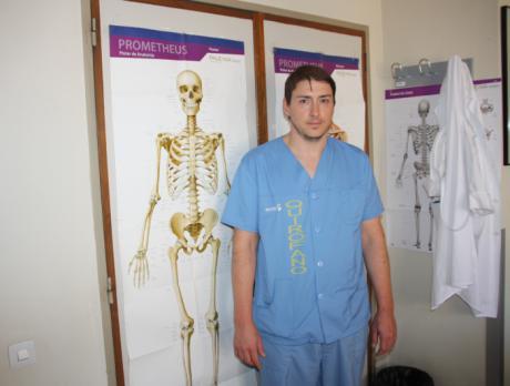 Traumatología considera fundamental la exploración física y el estudio radiológico en el diagnóstico de dolor de cadera en adultos jóvenes