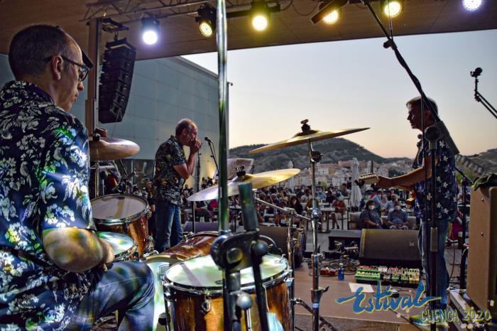 Derby Motoreta's, una descarga de rock duro y psicodélico entre los dinosaurios de Cuenca