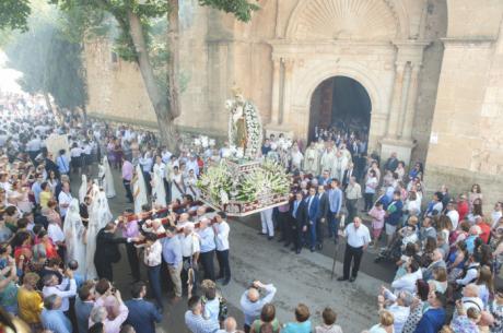 Mota se vuelca a sus calles en la solemne Procesión y Ofrecimiento en honor a la Virgen Ntra. Sra. De La Antigua de Manjavacas