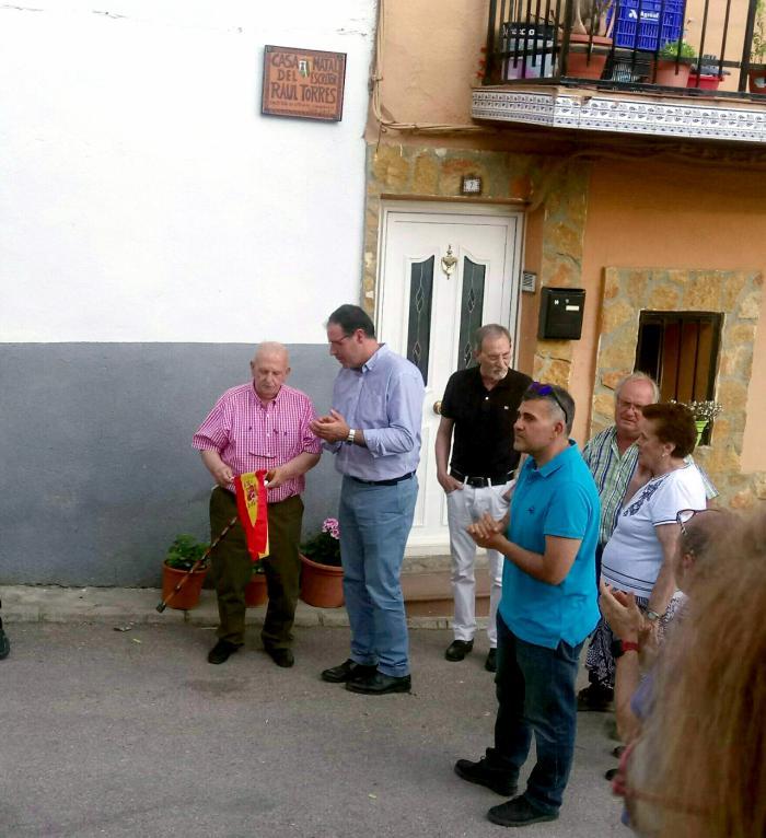 Cañada del Hoyo homenajea a Raúl Torres