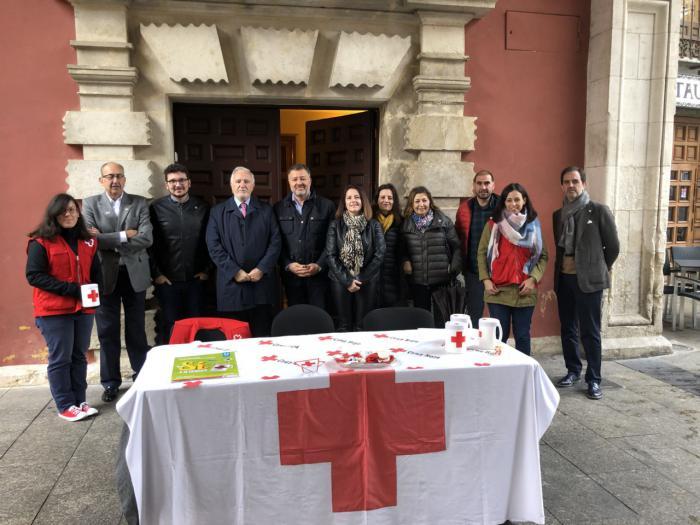 El Ayuntamiento se suma al Día de la Banderita de Cruz Roja