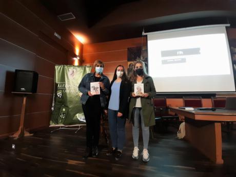 El Ayuntamiento celebra el Día de las Escritoras con un encuentro con la autora conquense Sofía Parra