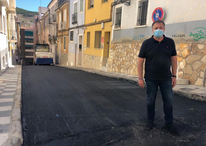 Se concluye el asfaltado de la calle Antón Martín que estaba pendiente desde 2018