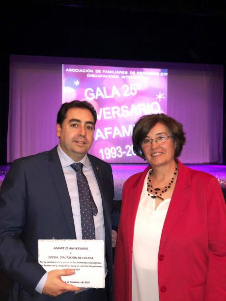 Diputación reconoce la gran labor de AFAMIT con las personas con discapacidad intelectual de Tarancón y comarca en su 25 aniversario
